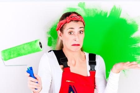woman paiting green